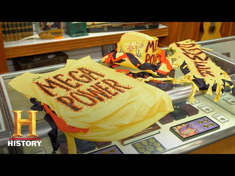 "Pawn Stars: Autographed ""Macho Man"" Randy Savage Costume (Season 15) 
