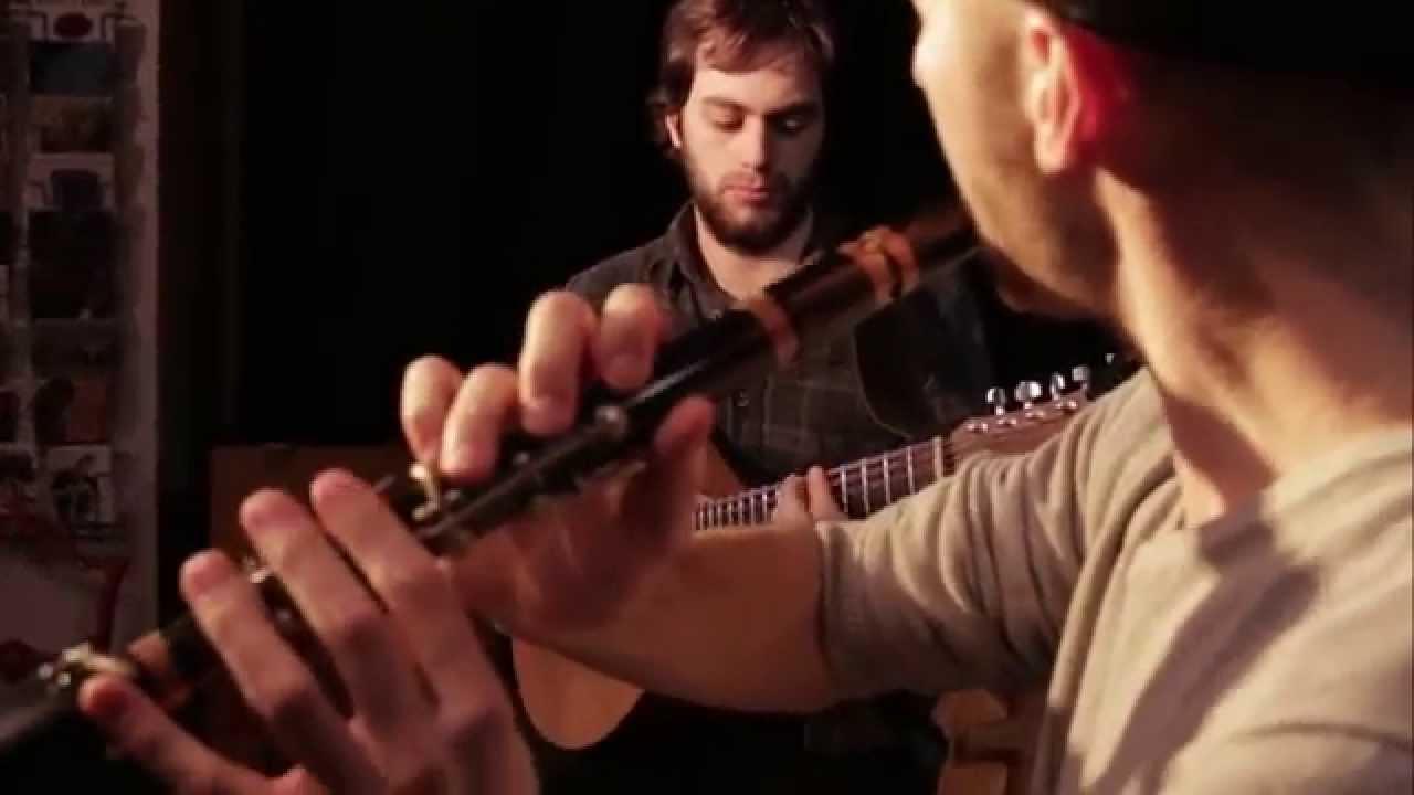 Duo Menguy - Le Pennec (Tempus fugit, valse). Wooden flute / cittern (Erwan Menguy, Kevin Le Pennec)