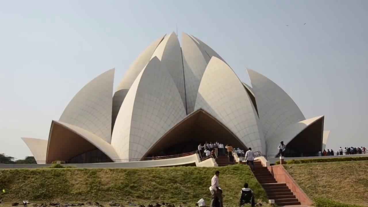 lotus temple essay in hindi