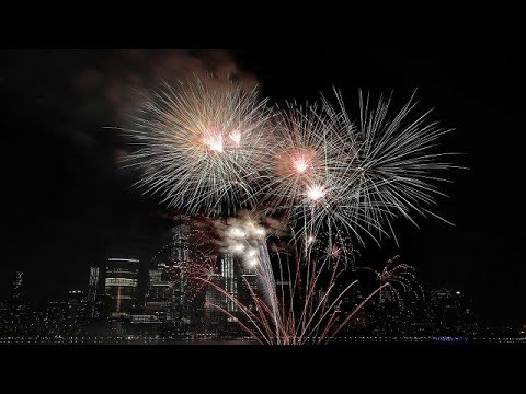 4th July Fireworks from Exchange Place | Jersey City Freedom & Fireworks Festival