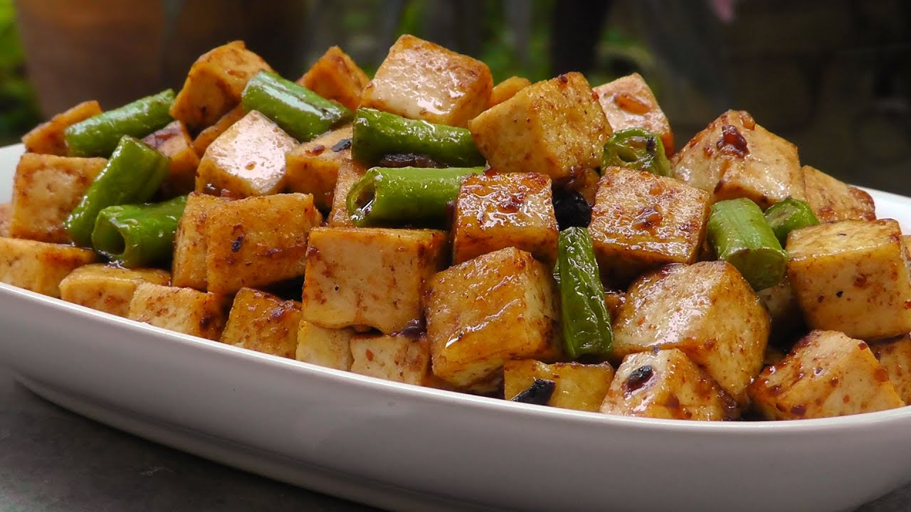 Chinese tofu in black bean sauce vegan vegetarian recipe youtube chinese tofu in black bean sauce vegan vegetarian recipe forumfinder Images