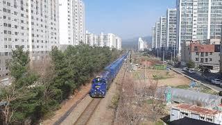의왕발 온산행 화물열차 #3471 황성동 일대 통과(D…