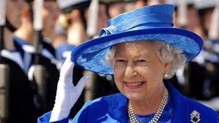 Как живет королева Елизавета II(Елизаве́та II (англ. Elizabeth II), полное имя — Елизаве́та Алекса́ндра Мари́я (англ. Elizabeth Alexandra Mary, 21 апреля 1926,..., 2015-09-02T08:42:40.000Z)