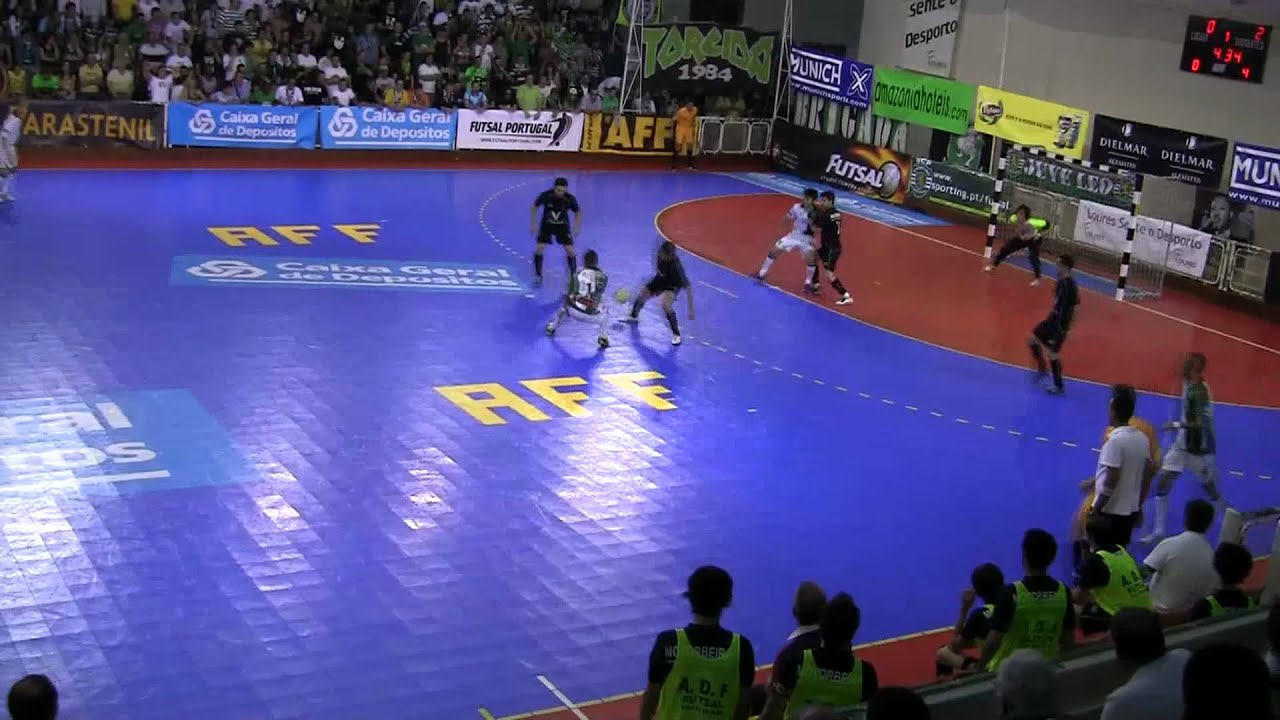 Futsal :: Play-off M/F 2º Jogo :: Sporting - 3 x Fundão - 2 de 2010/2011