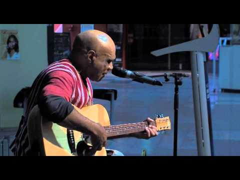 Archie Roach performs 'Lighthouse'