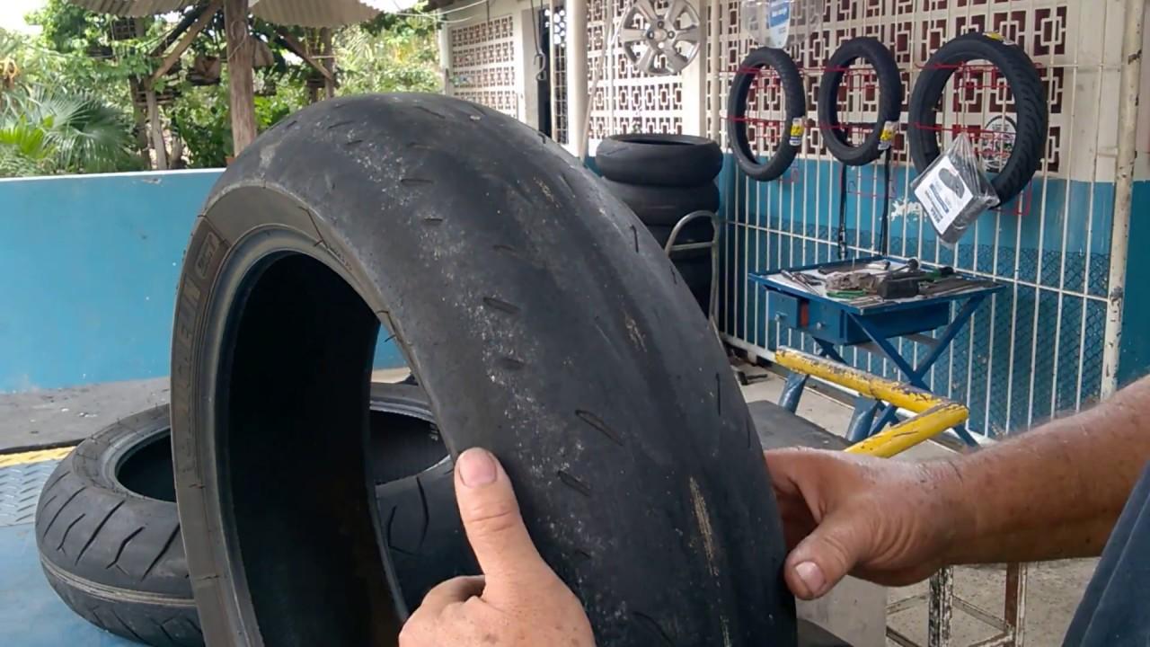 Porque o pneu da moto gasta mais de um lado