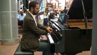 Piano at Mauritius Airport - Dave BRUBECK: Take Five