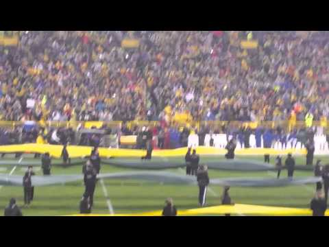 Brett Favre jersey retirement, with Bart Starr at Lambeau Field