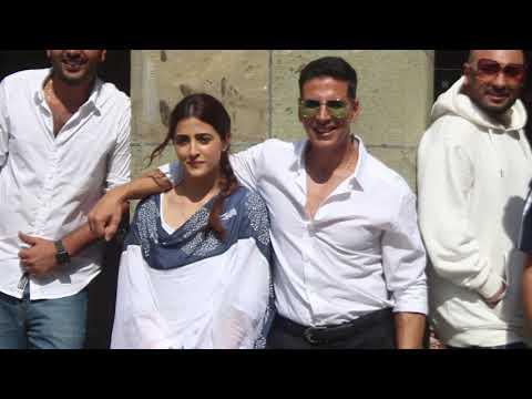 Akshay Kumar shoot his first ever music video Filhaal with Nupur Sanon Ammy Virk