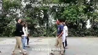 Gambar cover Video Lucu Orang Kaya VS Orang Miskin Lihat Apa Yang Terjadi