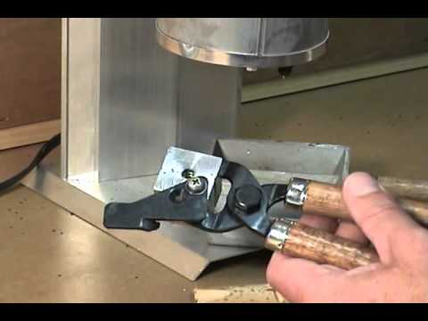 Lee Bullet Mold Lubing and Smoking - YouTube