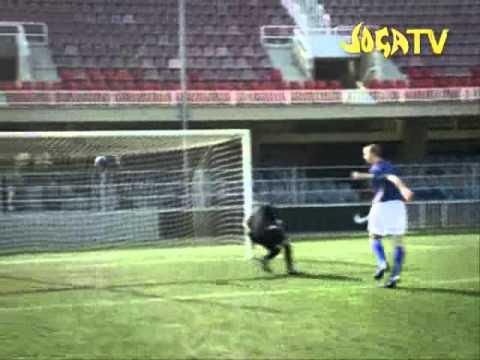 Ronaldo V Zlatan