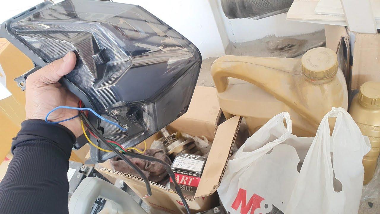 ไฟท้ายแต่งClick150iเสีย ต้องไปส่งซ่อมที่ร้าน Modify by lux Skylighting