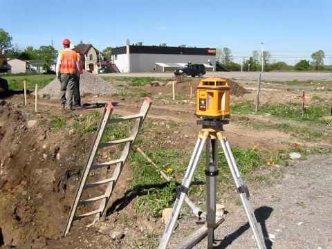 Excavation niveau laser youtube for Location niveau laser exterieur