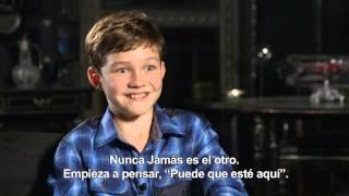 PAN (Viaje a Nunca Jamás) - Entrevista Levi Miller HD