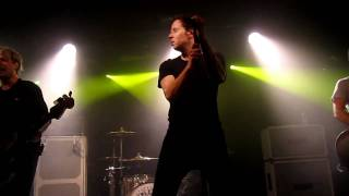 Simple Plan - Astronaut (new Song) Live @ The Garage, London