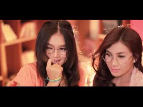 2Dewi - Sianida [Official Video Clip]