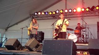 Dean Wareham feat. Carl Broemel of My Morning Jacket - Decomposing Trees at Forecastle 07.13.2012