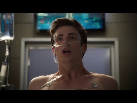 The Flash 1x01 - Barry wakes up after 9 months