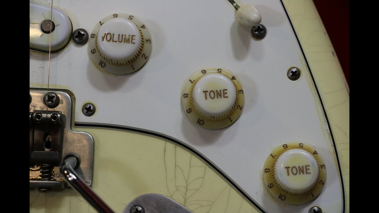 Download Is a guitar's tone knob pointless to control highs when using distortion?
