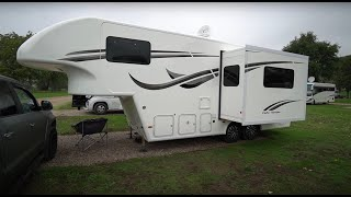 SEMITRAILER-CAMPER: Celtic Rambler Fifth Wheel semitrailer + VW AMAROK 6-cylinder in Germany
