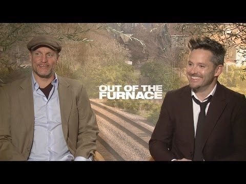 Woody Harrelson & Scott Cooper - Out of the Furnace Interview HD
