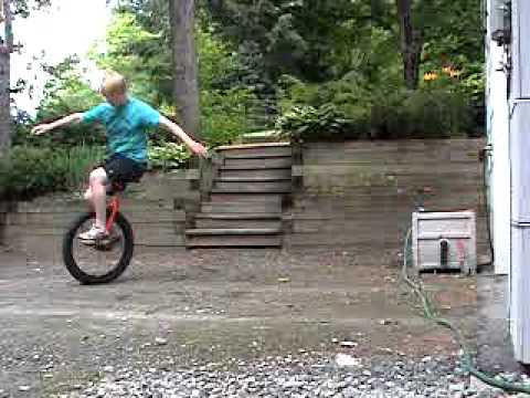how to get off a unicycle