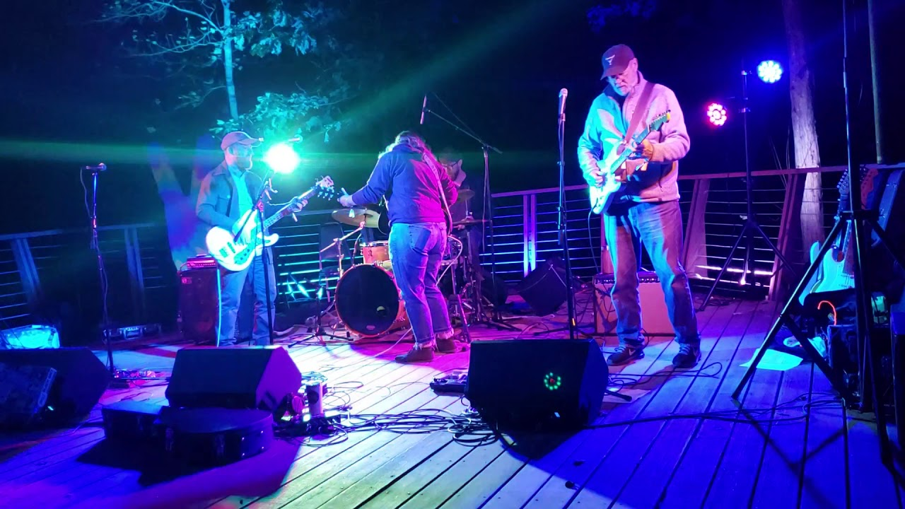 Taylor Steele & the Love Preachers - Lonesome Mind @ Wander Down Music Festival Lake Stage