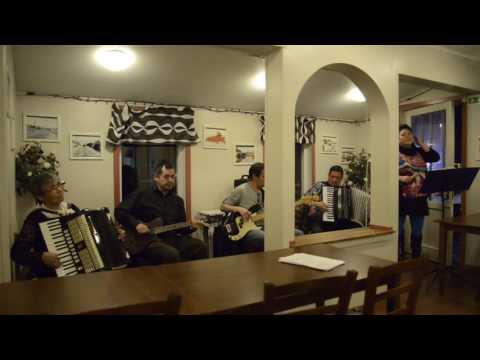 Porta Band - Aasiaat nunaalu pukkeqaat (cover)