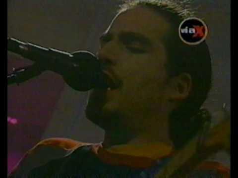 Los tetas-La medicina (en vivo via x 2002)