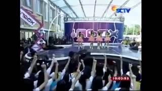 "Teenebelle ft. Giring ""Nidji"" - Laskar Pelangi (Live! No Lypsinc @inboxSCTV_) 25 Mei 2014"