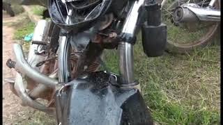 PEDREIRAS: Jovem fica gravemente ferido em acidente envolvendo motocicleta e van.