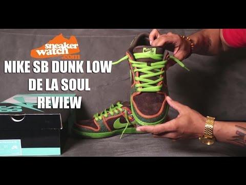 buy popular bee58 efcc6 SneakerWatch Reviews the Nike Dunk Low Premium 'De La Soul'