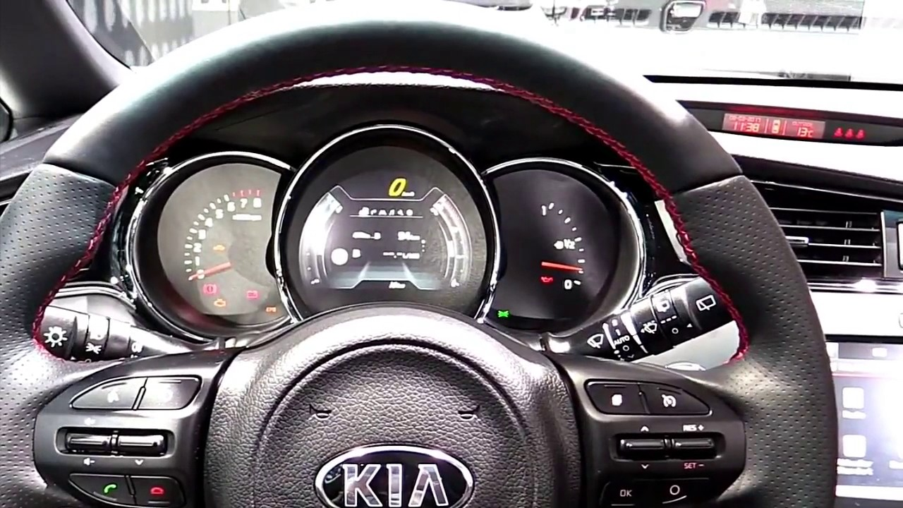 2017 kia ceed gt limited luxury features exterior and. Black Bedroom Furniture Sets. Home Design Ideas