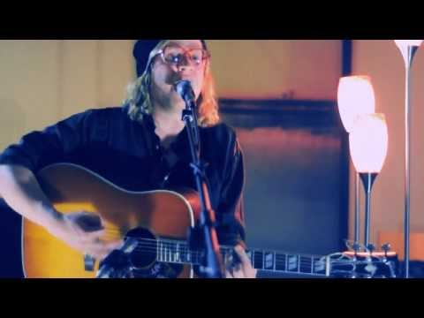 Your Eyes  Allen Stone   From His Mothers Living Room