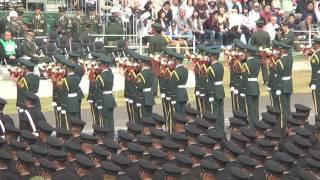 平成28年度自衛隊中央観閲式(総合予行) 第302保安警務中隊観閲官(東部方面総監)の車両による入場及び特別儀仗隊+らっぱ隊による特別儀仗The Salute of Guard of Honor
