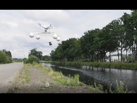 DIY Gopro gimbal landing on the water gear for the Phantom 4 Pro going wrong.