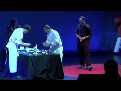 TEDxAthens 2011 - Chiliadaki & Roussos