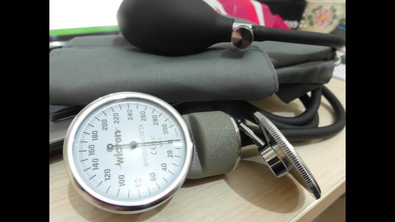 Почему давление нужно измерять на обеих руках?