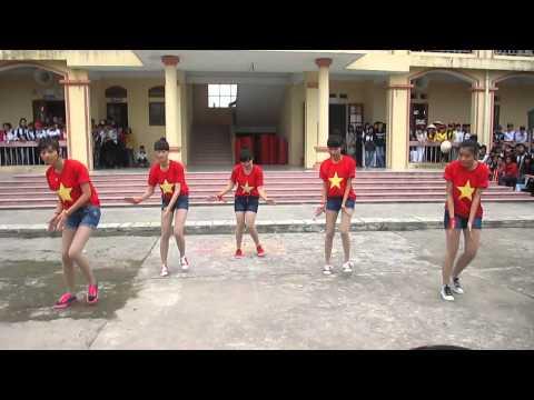 thpt thanh miện 1- 12H nhảy Việt Nam ơi 20 11 2013