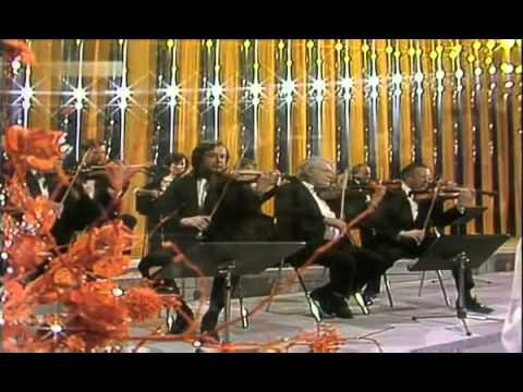 """Anthony Ventura y su orquesta: """"Limelight (Rampenlicht)"""", en directo, año 1981."""