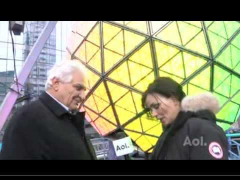 Duff Karen Duffy from MTV & AOL helps clean the Times Square Ball