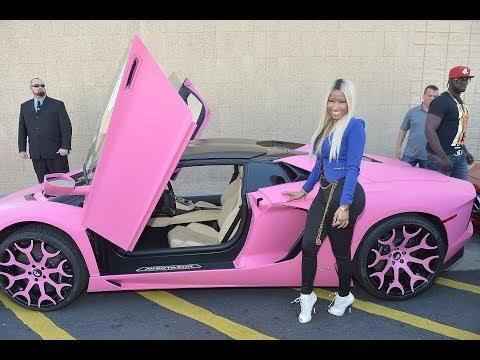 Nicki Minaj Paints Her 400000 Lamborghini Bright Pink