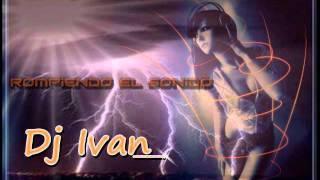 TIto el Bambino Under (Vrsion cumbia)remix dj ivan! 2011