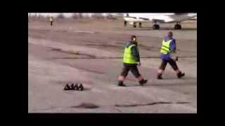 Aeroportul Internațional Bălți | Plecarea oaspeților din România Mp3