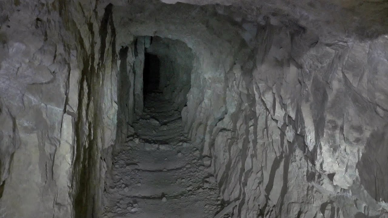 Exploring a Very Windy, Abandoned Gold Mine With Endless Tunnels