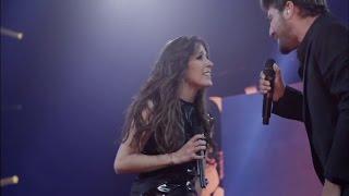 Malú & Antonio Orozco ~ Devuélveme la Vida [Tour Sí, Madrid Palacio de los Deportes 2013]