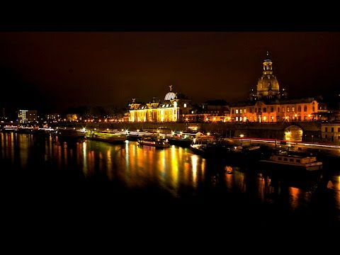 Dresden night timelapse (DJI Osmo mobile)