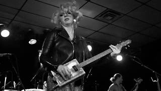 "Samantha Fish ""Shake 'Em on Down"" 12/4/19 Cigar Box Shreddin' Live Blues Rockin' in Milwaukee"
