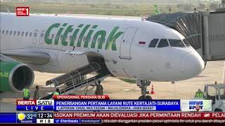 Download Video Penumpang di Bandara Kertajati Diberi Kalungan Bunga MP3 3GP MP4
